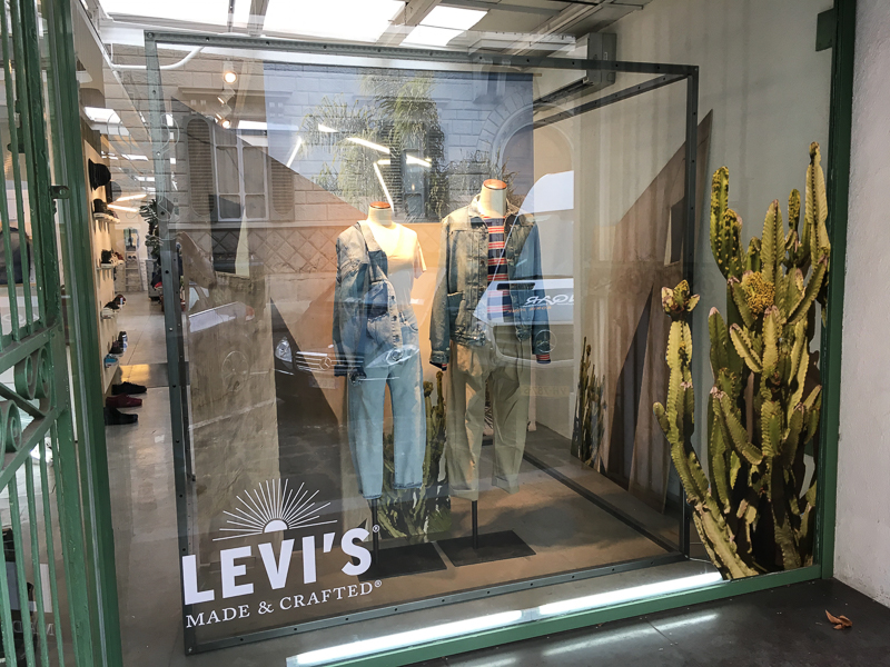 WINDOW - Levi's at Societe Anonyme Florence 2017-3